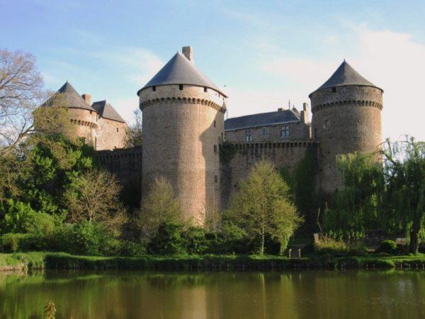 Il reste des places pour le chantier international de jeunes bénévoles de Lassay-les-Châteaux!